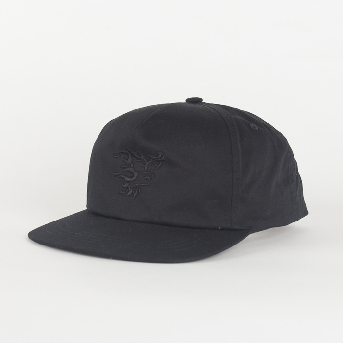 Czapka Nervous Unstructed SS19 Flame Black